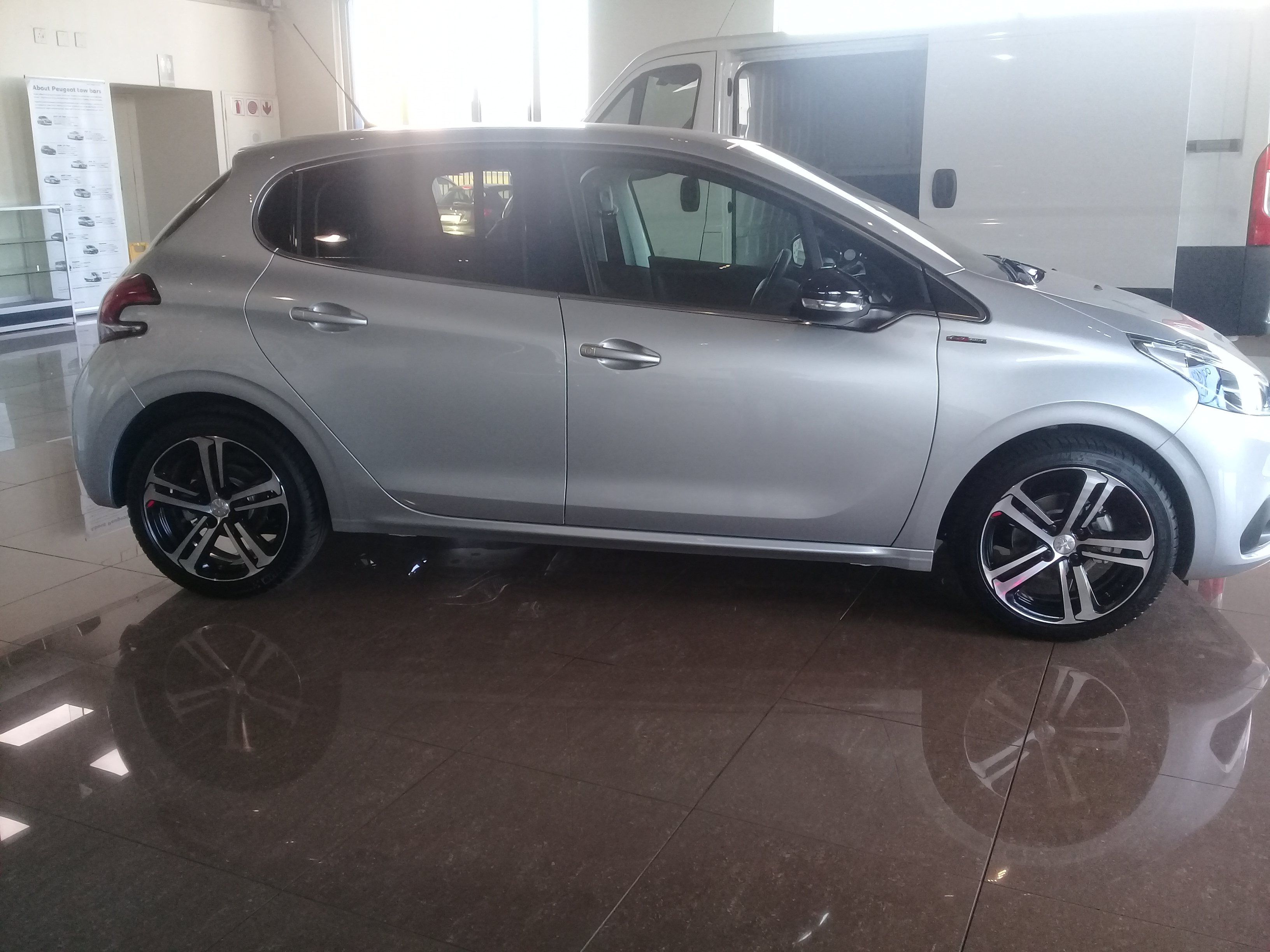 Used Peugeot 208 Gt Line 2018 Peugeot Pre Owned South