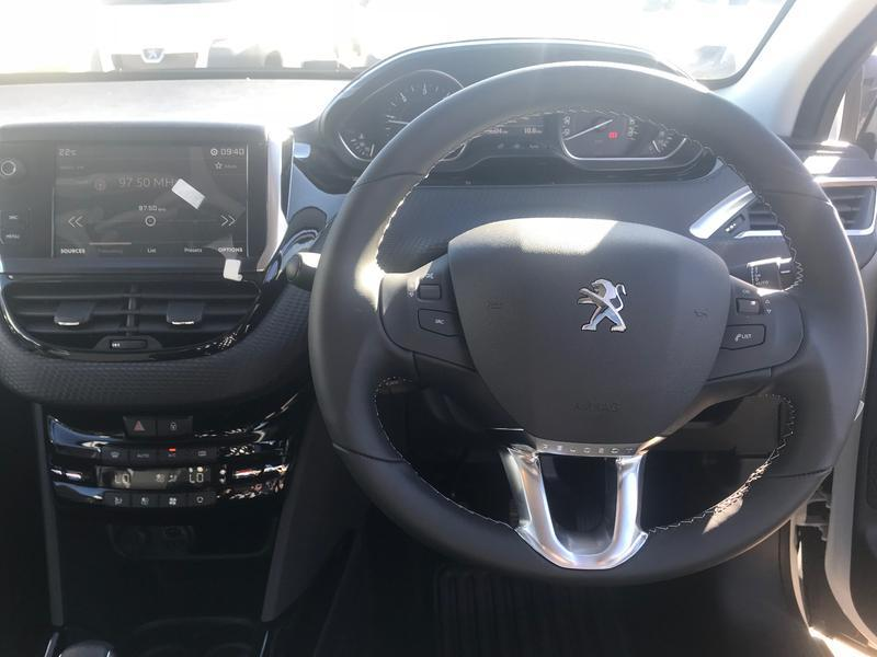 Used Peugeot 2008 Suv Allure 2018 Peugeot Pre Owned