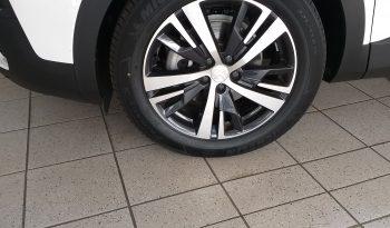 Used Peugeot 3008 SUV Allure 2019 full